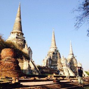 Les 3 magnifiques chedlis ou stupas du Wat Phra Si Sanphet